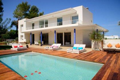 Villa moderna San Agustin (Ref. 024)