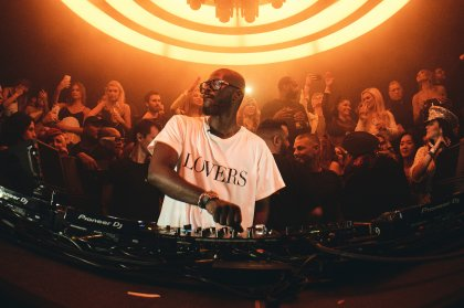 Black Coffee reúne a sus amigos para su closing party