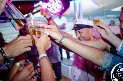 5 special boat parties with Captain H.O.S.H.