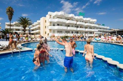 Apartamentos para clubbers en Ibiza