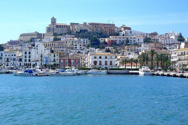 El puerto hotel and apartments ibiza ciudad eivissa - Hotel apartamentos el puerto ibiza ...