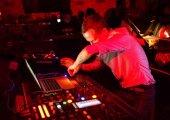 MUSIC | Stream Ten Walls BBC Radio 1 Essential Mix
